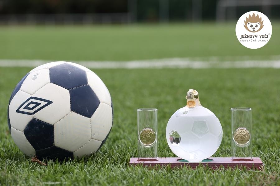 fotbalové přání k narozeninám JEŽKOVA AKCE!   Luxusní dárková láhev na alkohol   FOTBALOVÝ MÍČ A  fotbalové přání k narozeninám